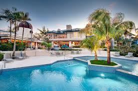 Продажа и покупка вилл в Майами-Флорида